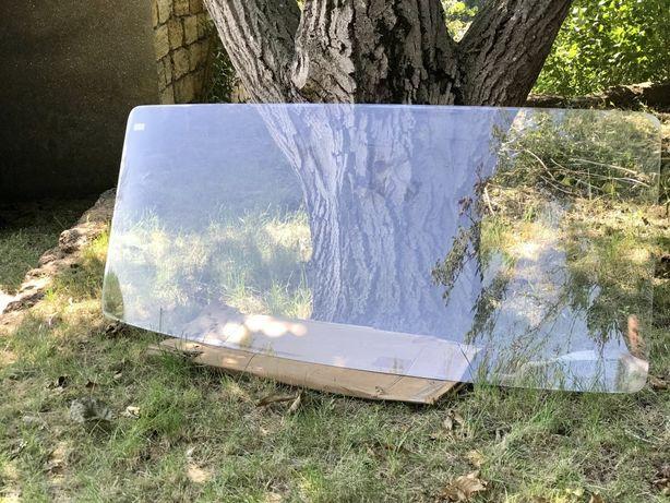 Лобовое стекло к Mercedes Benz 609-817