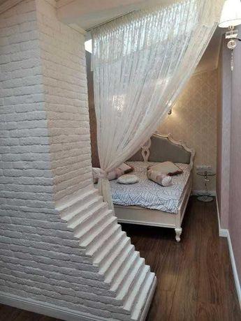 Дерибасовская !  Долгосрочно 3х - комнатная квартира