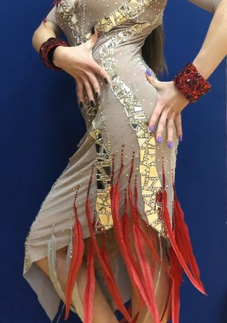 Платье для бальных танцев латино-американская программа (латина)
