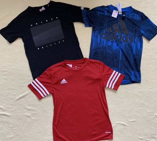 Спортивная одежда Adidas(ветровка, футболки, шорты)