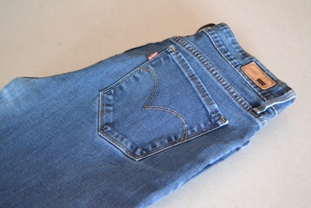 Damskie spodnie Levi's Mid Rise Boot W30 L32 165/76A 30 Demi Curve Węgierska Górka - image 1
