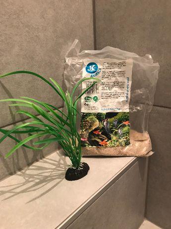 Piasek kwarcowy naturalny + roślina sztuczna do akwarium