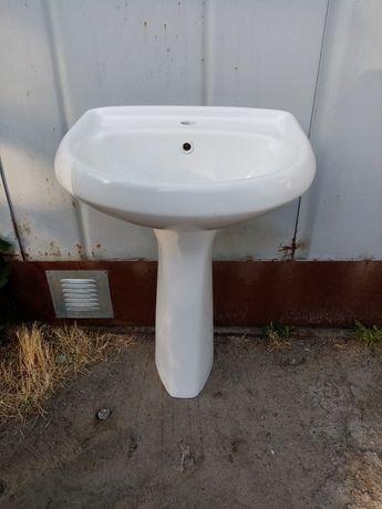 Раковина(умывальник) для ванной.