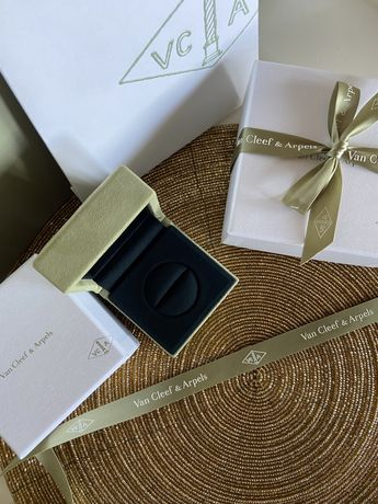 New.  Коробка,  упаковка для кольца Van cleef.