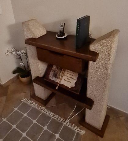 Mobília de sala em granito e castanho