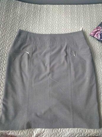 Spódnica w rozmiarze 48-50 (4-5XL) kolor szary z zamkami i szyciem