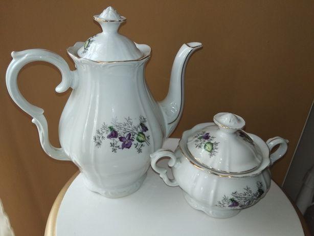 Фарфоровые сахарница и чайник Чехословакия