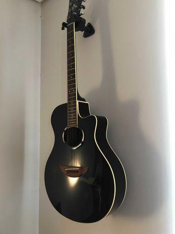 Guitarra Yamaha - Como nova (sem qualquer marca de uso)