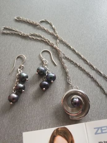 Naszyjnik srebrny 925 z czarną perłom i kolczykami.Oryginał.