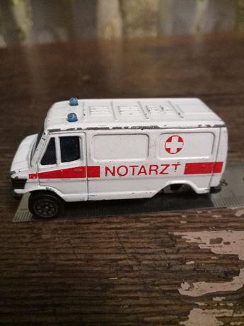 Мерседес бенз 207 Mercedes Benz 207 скора швидкадопомога welly notarzt