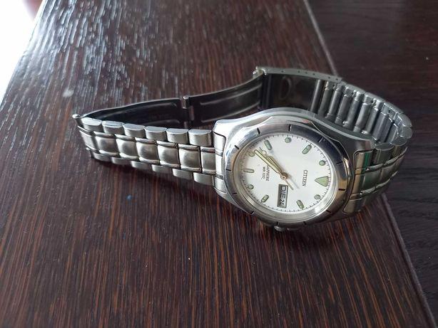 Zegarek Citizen szkło szafir
