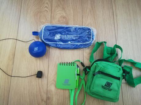 Zestaw piórnik, piłka, notes, torebka na telefon
