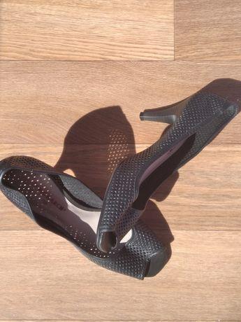Кожаные летние туфли, Бразилия