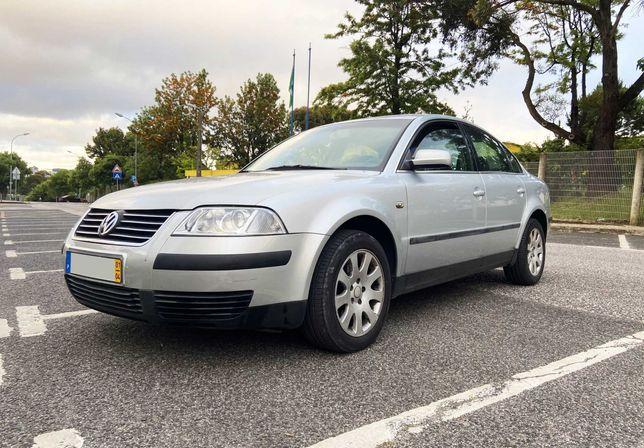 Volkswagen Passat 1.9 TDi 130cv