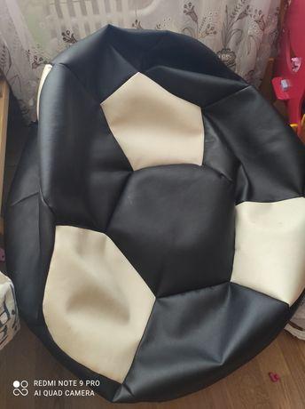 Кресло пуф в виде мяча, безкаркасное кресло.