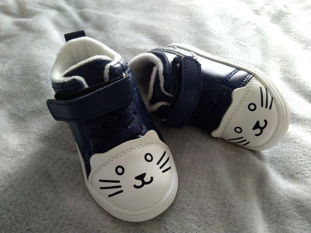 Дитяче весняне взуття для дівчинки 21 розмір Нове