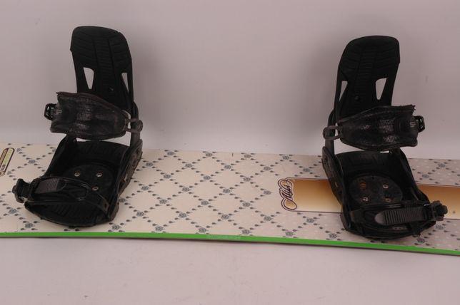 Atomic Alibi 156 + wiązania SP - deska snowboardowa