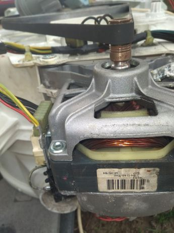 Продам мотор до пральноі машини Ariston  AVTL(EU)