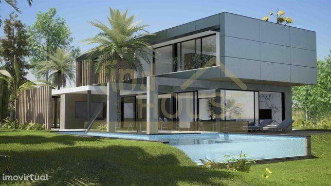 Moradia V3+1 de luxo com piscina e vista total de mar em Porto Covo