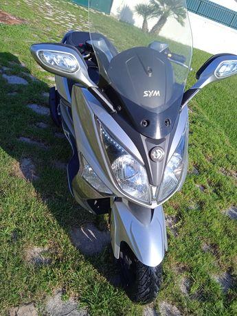 Sym GTS 125I 2012