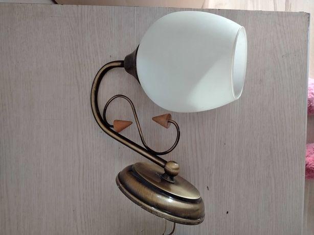 Zestaw lamp, żyrandole i kinkiety