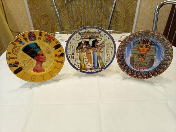 Декоративные фарфоровые тарелки с креплением для стены