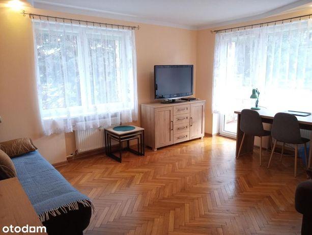 Pokój 18m2 w mieszkaniu dwupokojowym