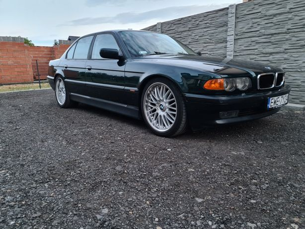 Auto do ślubu BMW 7 e38 740i wesele klasyk