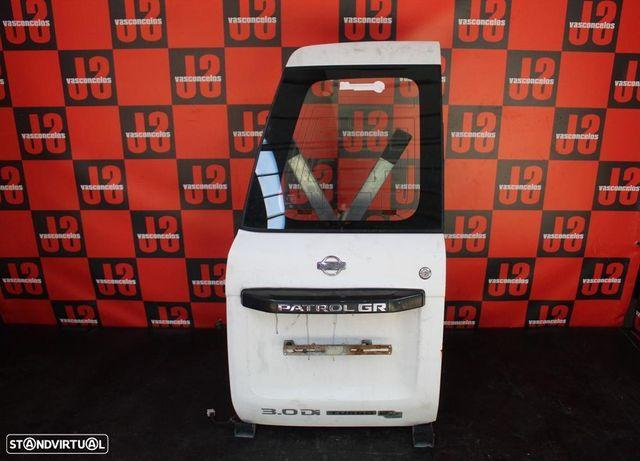 Portas da mala Nissan Patrol GR Y61 98´