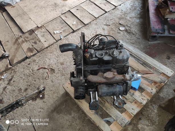 Silnik KUBOTA 3 cylindry minikoparka traktor ciągnik