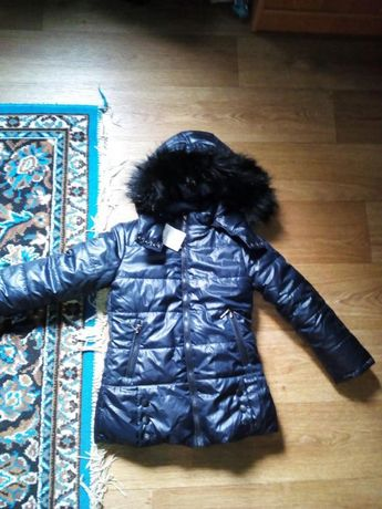 Зимняя куртка на 6 -7 лет ,р.30