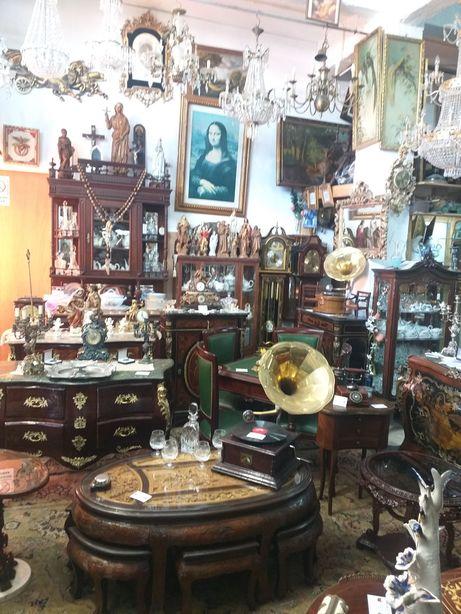 Mobiliário antigo