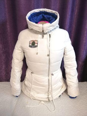 Зимняя куртка, парка белая
