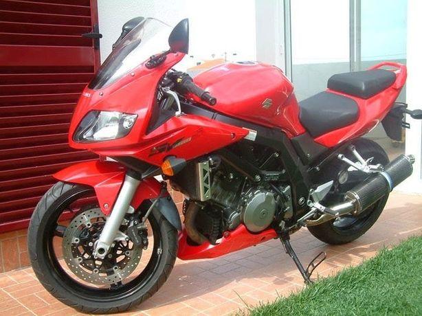 Moto Suzuki SV 1000s