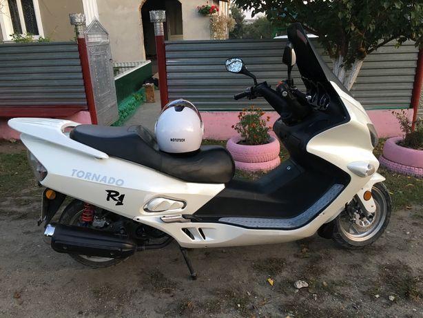 Скутер торнадо 150