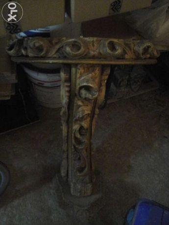 Mesa em talha dourada com 60 anos