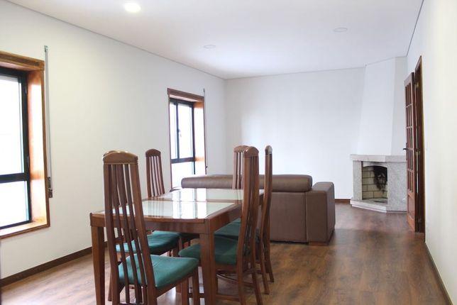 Apartamento t4 Mobilado Com Terraço