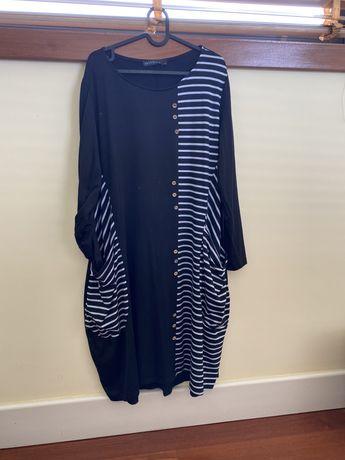 Vestido:túnica preto e cinza claro com riscas