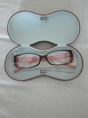 Óculos da marca Just Cavalli