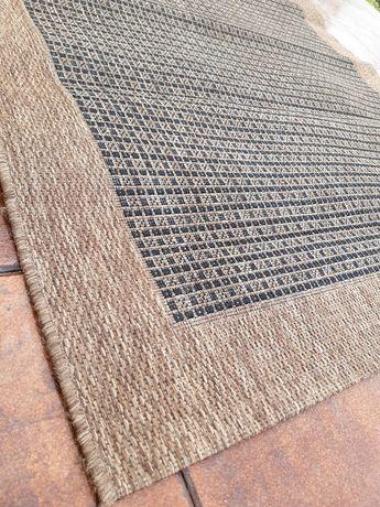 Carpete marca NATURA 1,65x1,20