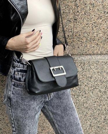 Черная сумка кроссбоди Италия Итальянская сумка с пряжкой кожа