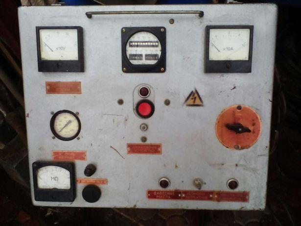 Комплект приборів електростанції.