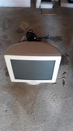 Monitor antigo como Novo