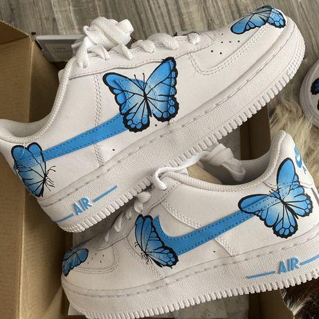 Nike Air Force 1 custom motylki, ręcznie malowany