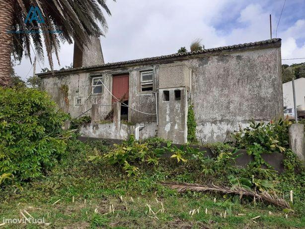 Quintinha em S. Jorge (Rosais) Azores