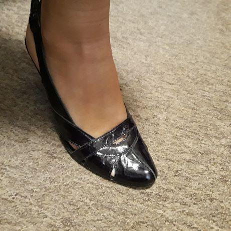 Buty skórzane 39