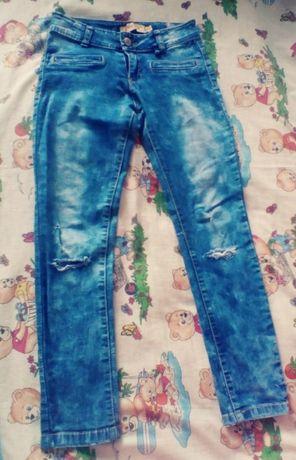 Джинсы на девочку. Летние джинсы.Джинсы-Рванки