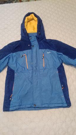 Куртка деми, на мальчика 8-10 лет