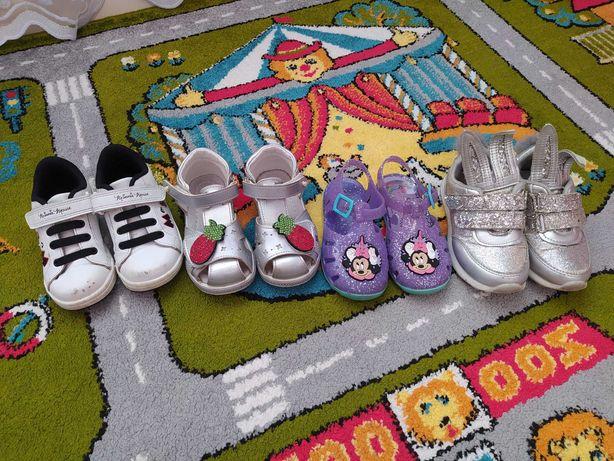 Обувь летняя босоножки, кроссовки, аквашузы