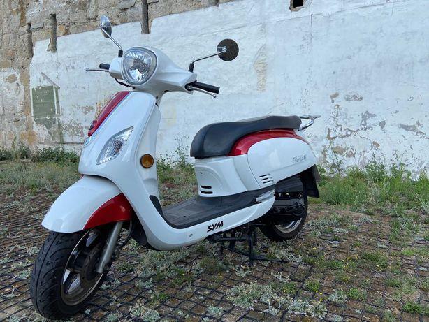 Scooter SYM Fidlle III 50